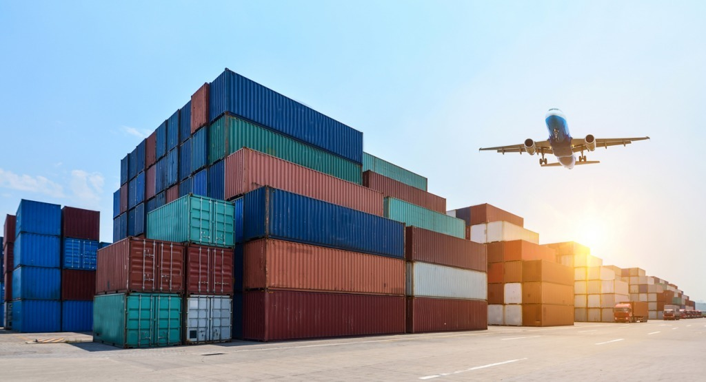 Terceirização no Brasil: Quando terceirizar a logística da sua empresa?